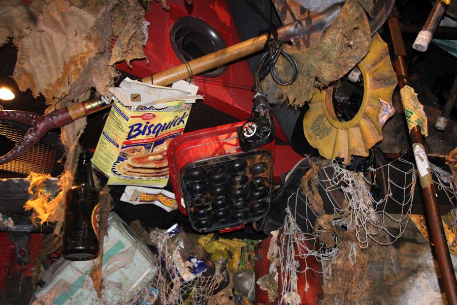 たこ焼き器など、探すのが楽しいご当地ゴミ