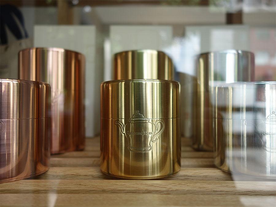 ロンドンの紅茶「ポストカード・ティーズ」バージョンの茶筒
