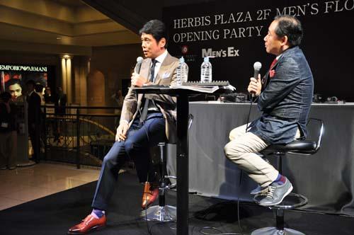 服好きで有名な峰竜太によるトークショーも開催
