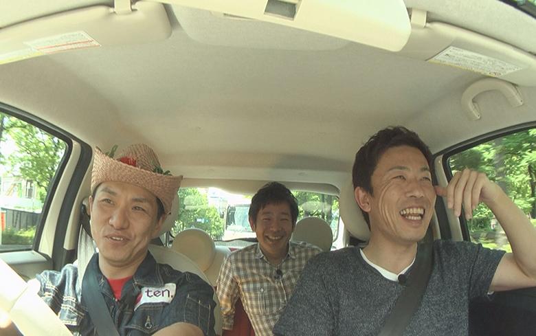 前列左が増田英彦(ますだおかだ)、右が赤星憲広さん、後列が清水健アナ