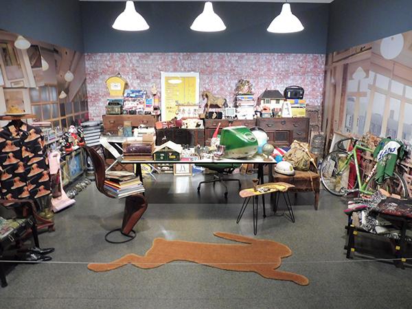 「ポール・スミス展」より、ポールのオフィスの再現