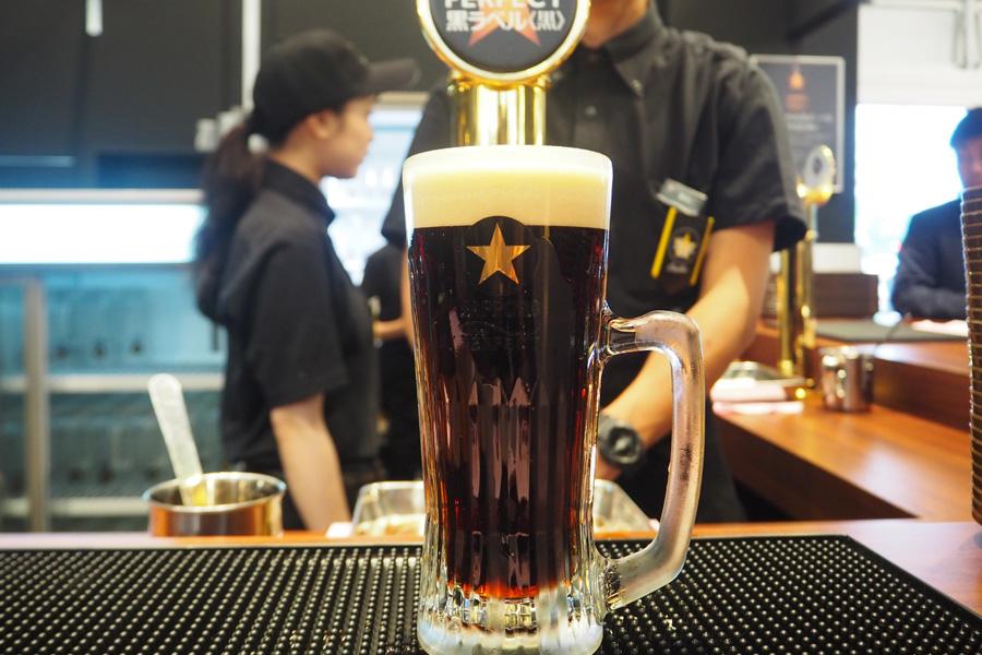 東京と大阪のパーフェクトビアガーデンでしか味わえない「黒ラベル<黒>」