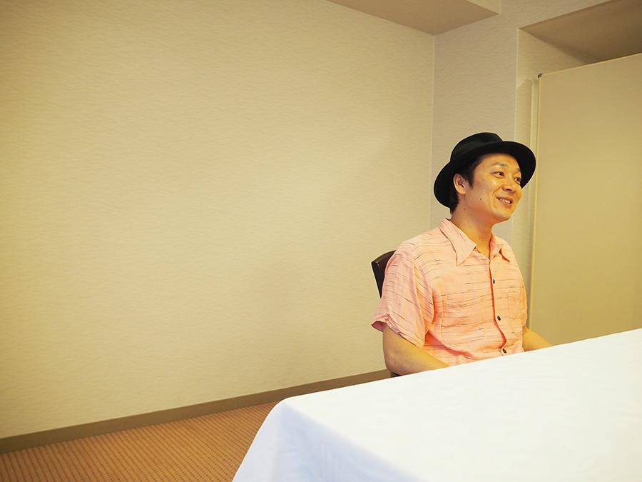 「胸を張って『変態映画です』と言えるように撮った」と吉田恵輔監督