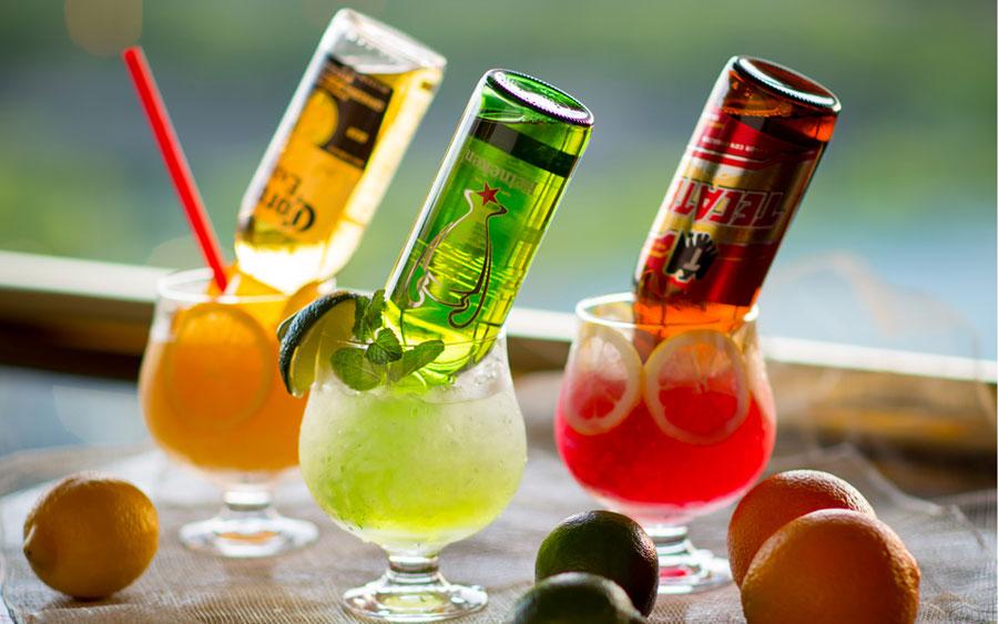 ビールのカクテル、ビアテルを含む約70種類が飲み放題