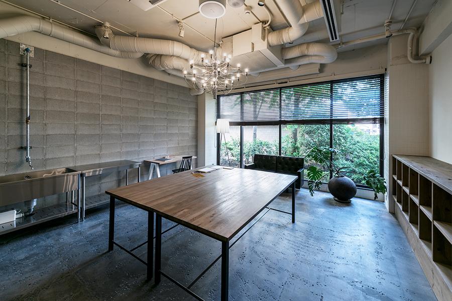「ホテル アンテルーム 京都」1階のアトリエ