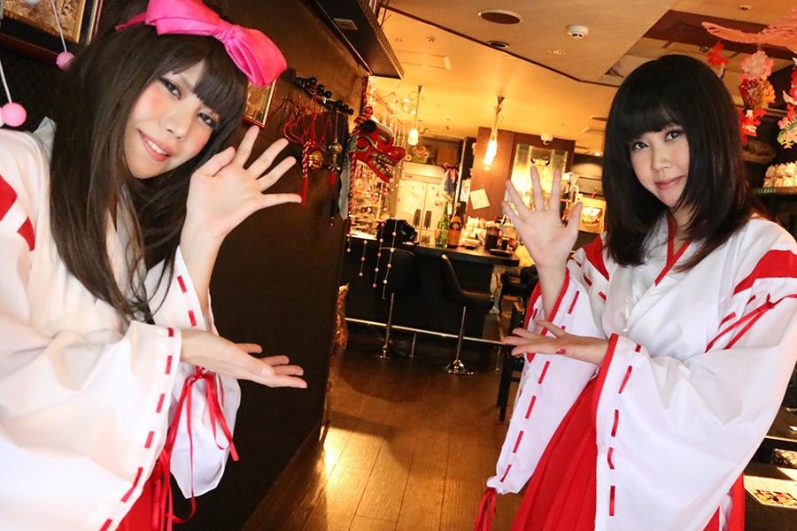 大阪ミナミにオープンした「こだわりのそば&酒処 巫女福そば」