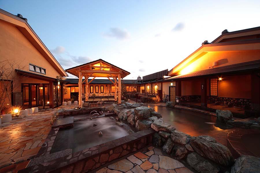 寝屋川店の露天風呂