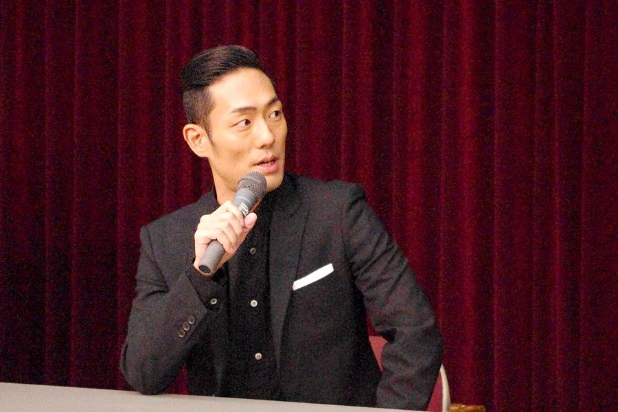 舞台再演の脚本では、前回になかった立ち回りも増えており、楽しみだと話す中村勘九郎