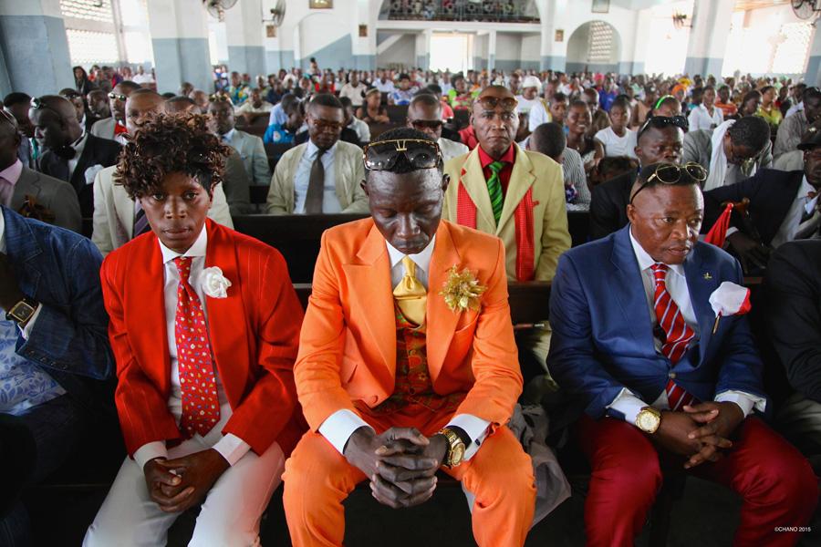 礼拝には正装で、が最高のオシャレの場にもなるサプール ⒸCHANO