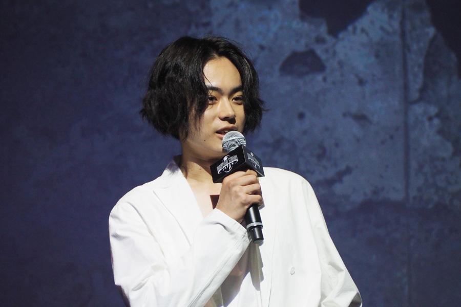 「年パス持ってました。10年前くらいですけどね」と、大阪出身の菅田将暉