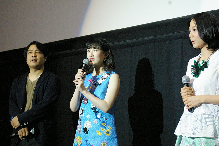 舞台挨拶に登場した大森研一監督、武田梨奈、植村花菜(左から)