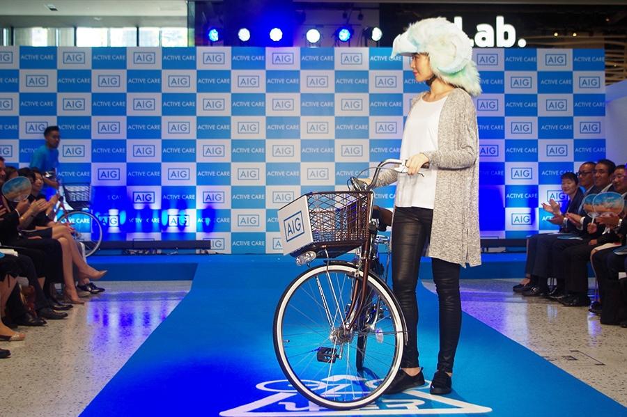 芸大生がデザインした、斬新な自転車ヘルメット