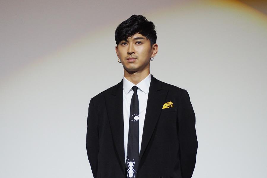舞台挨拶に登場した松田翔太(17日・梅田ブルク7にて)