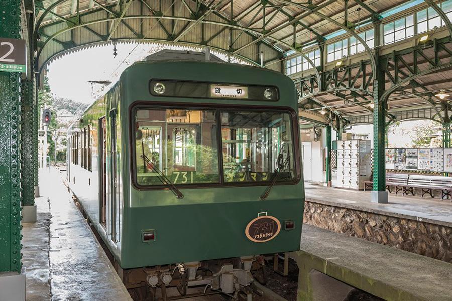 開業90年記念車両の叡山電車「ノスタルジック731」