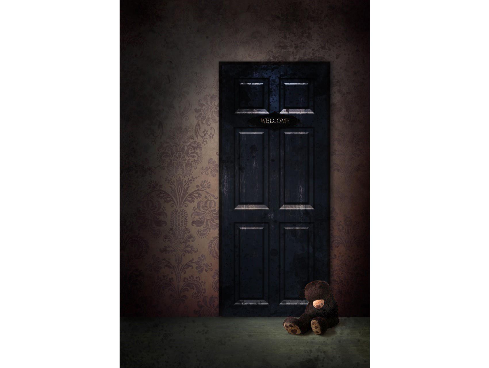 謎解きとホラーをテーマに。この部屋で、少女が失ったぬいぐるみは、はたして見つかるのか?