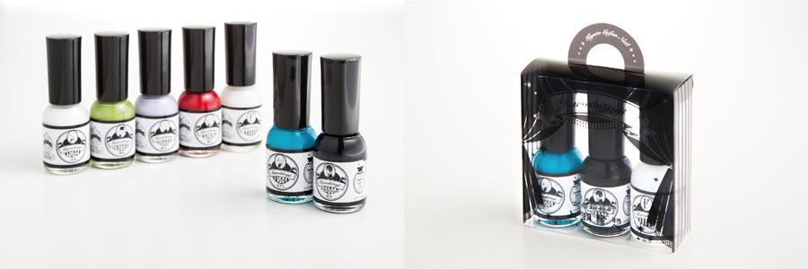 「黒執事×上羽絵惣 胡粉ネイル」は、漆黒(セバスチャン)、おそら(シエル)、艶紅(グレル)、鴬緑(葬儀屋)、藤紫白(ヴィンセント)、胡粉(グレイ)の6種。漆黒とおそらはセット販売のみ。