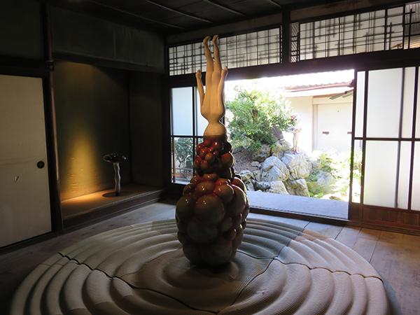 三木サチコ《みえないくらい大きなものと、みえないくらい小さなものについて》 旧中村邸