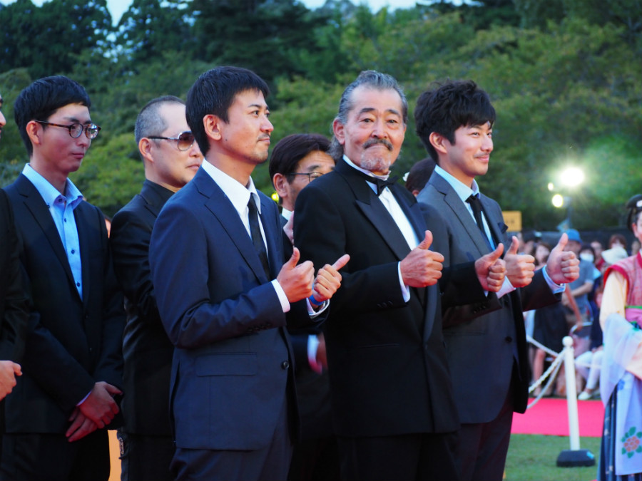 この日、プレミア上映された『東の狼』主演の藤竜也