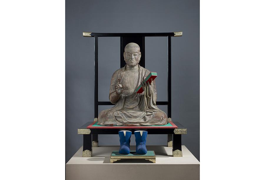 《玄奘三蔵坐像》 鎌倉時代 薬師寺蔵 撮影・飛鳥園。三蔵法師のモデル玄奘