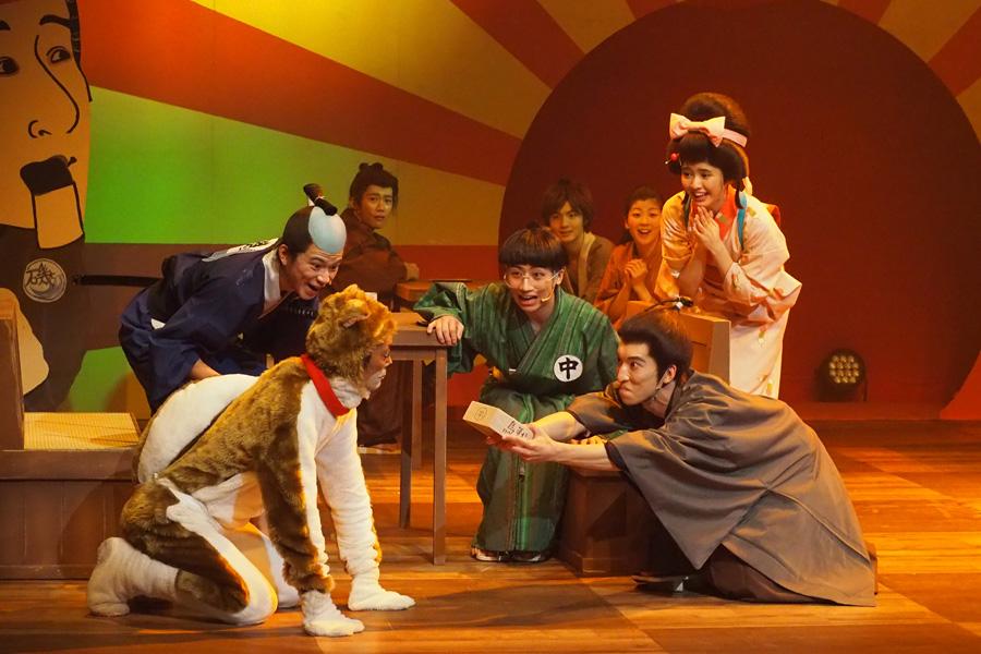 平賀源内や団子屋の看板娘、今回初登場のお犬様など個性的なキャラクターが揃う