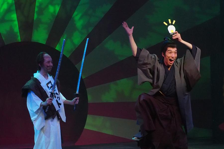 平賀源内(右)と、宮本武蔵