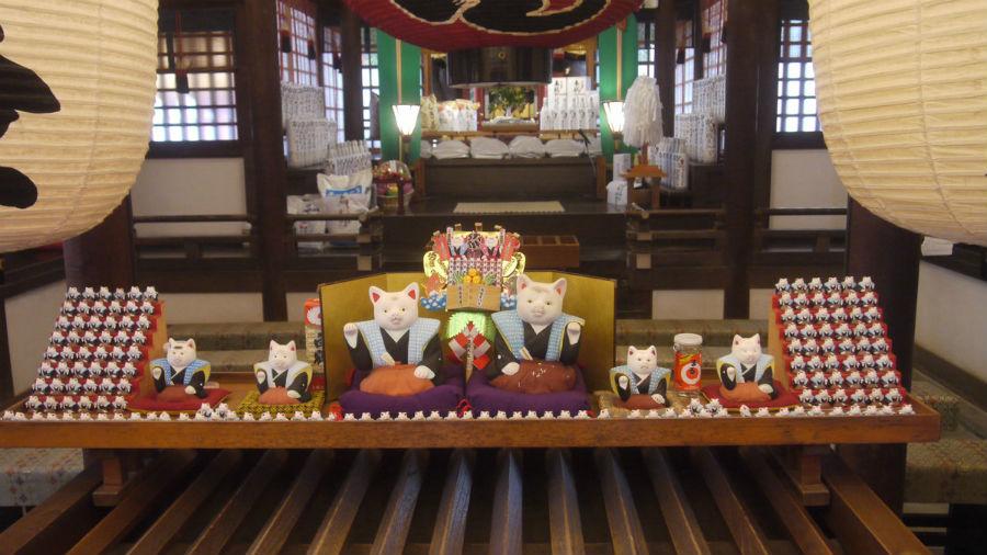 有名な住吉大社の猫の置物は元祖ねこキャラクター