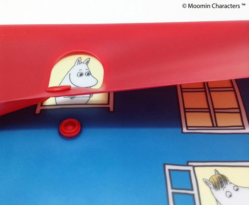 ムーミンが覗き込む、ムーミンハウスをモチーフにした収納ファイル
