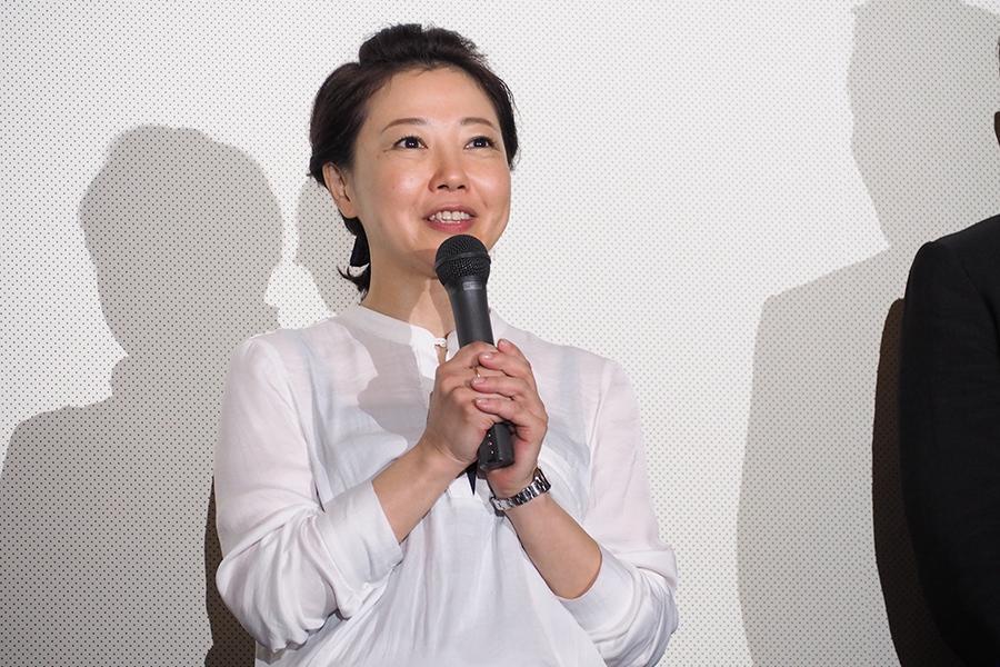 4年ぶりの新作『永い言い訳』の舞台挨拶に登場した西川美和監督(5日・大阪市内)
