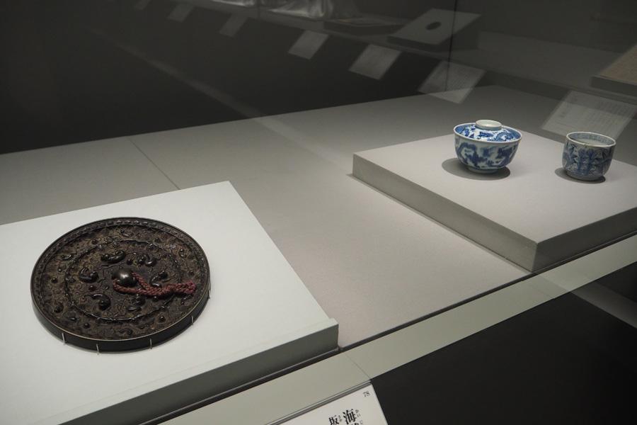 龍馬が使っていた飯椀や湯呑も展示