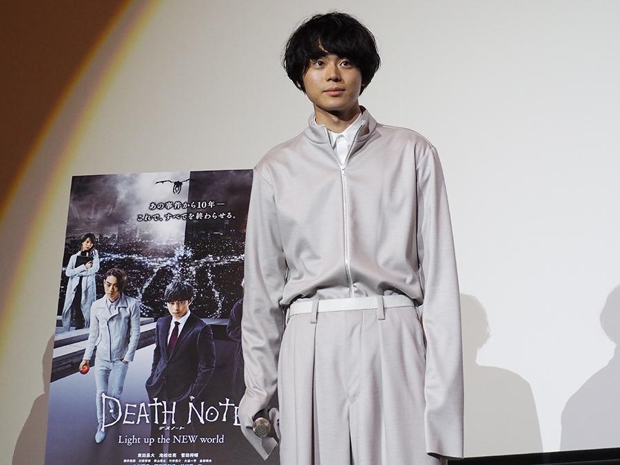 「今より10kgくらい細かった」と撮影当時を振り返った菅田将暉(11日・梅田ブルク7)