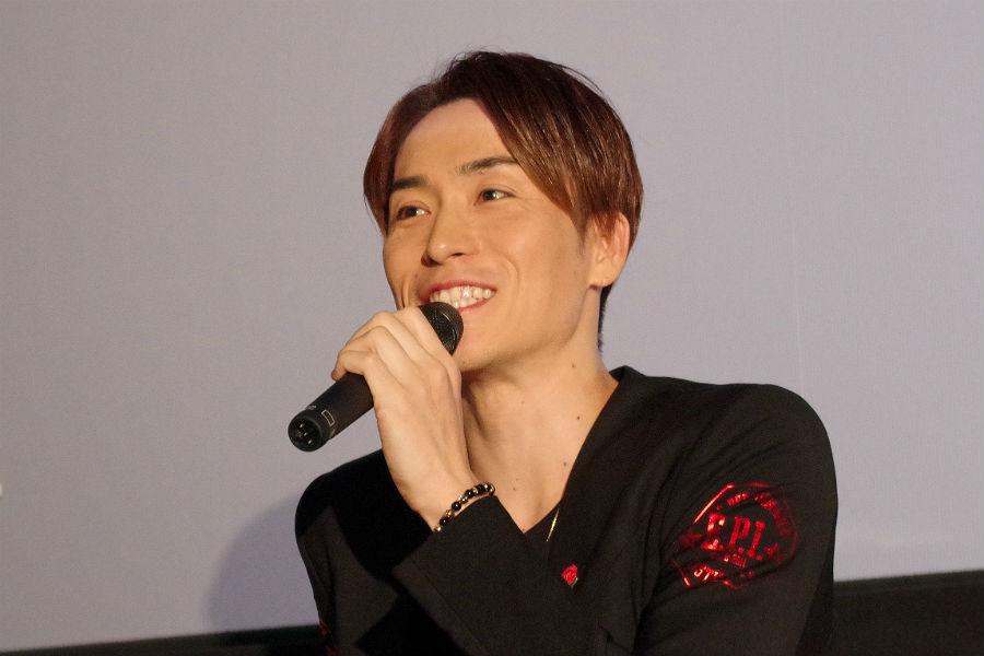 ドキュメンタリー作品の上映会で特別講義をおこなったEXILEのパフォーマーTETSUYA(18日、大阪府岸和田市)