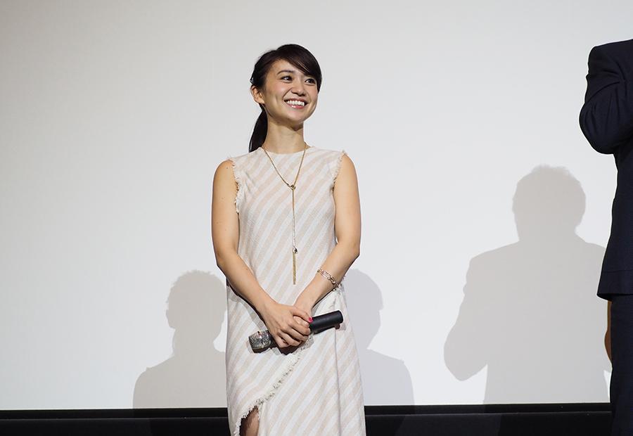 大島優子、セクシー衣裳「撮らないで」