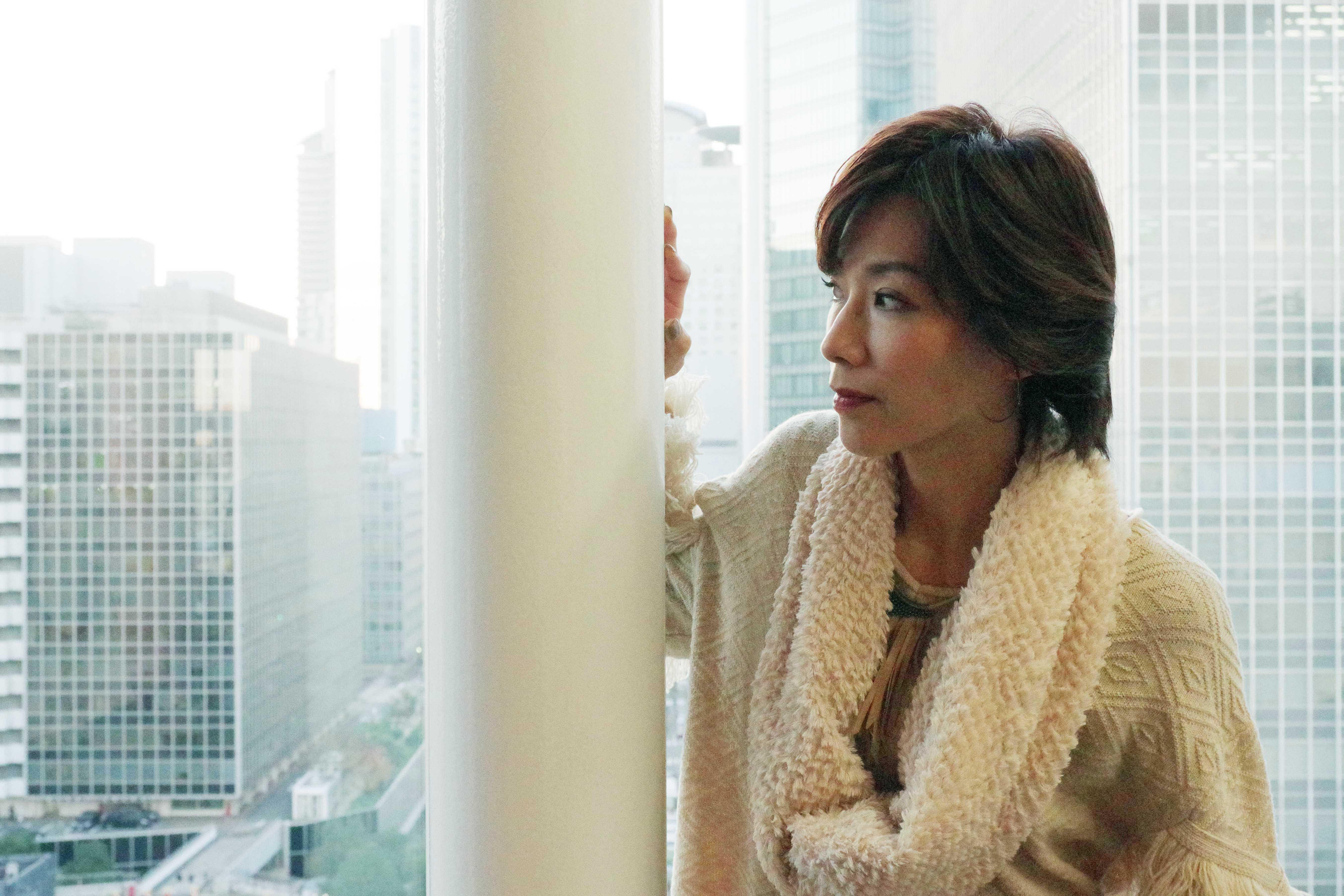 11月25日に誕生日を迎え、「未来を落ち着いて考えられるようになりました」と真琴つばさ(大阪市内)