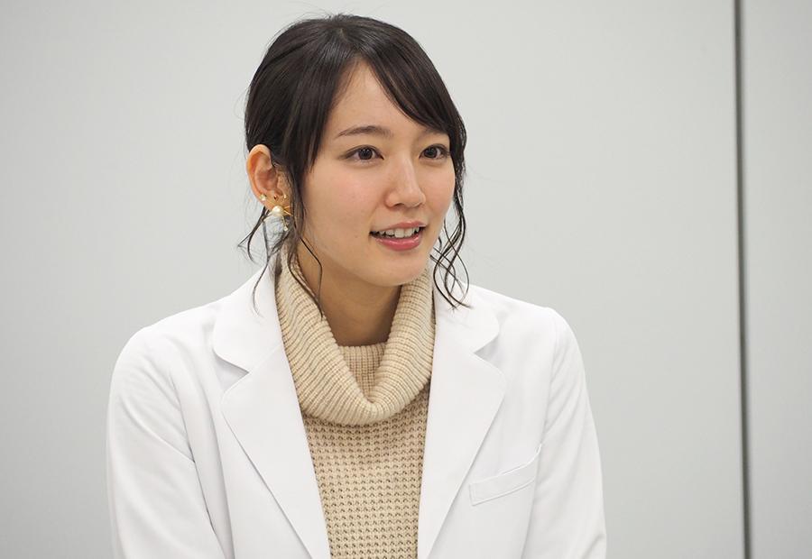 イベント終了後の会見では、ルーツである舞台への想いについても語った吉岡里帆(29日・カンテレ)