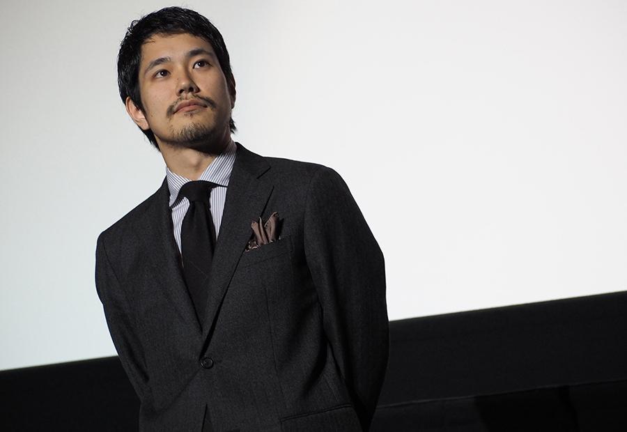 映画『聖の青春』の舞台挨拶に登場した松山ケンイチ(8日・なんばパークスシネマ)