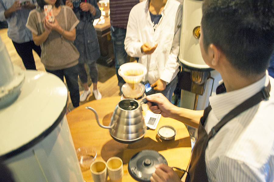 過去の『神戸珈琲学』の様子