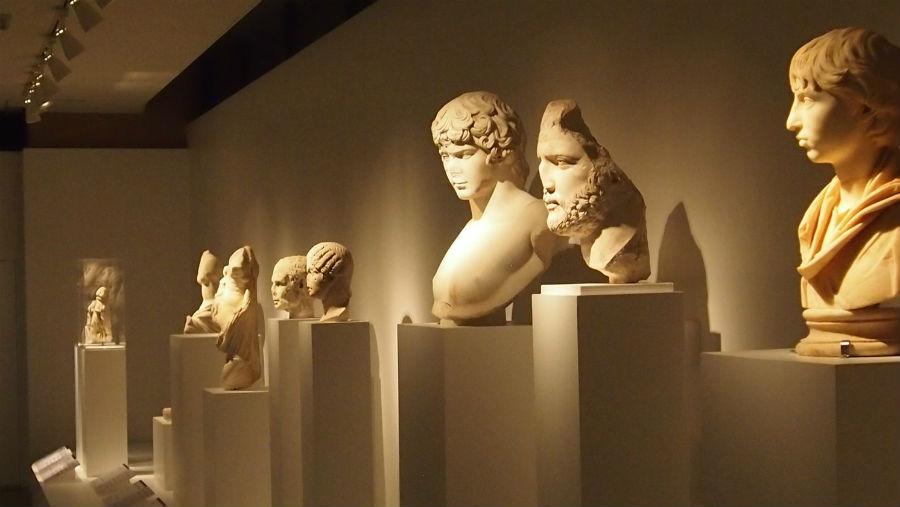 『特別展 古代ギリシャー時空を超えた旅ー』の会場の様子