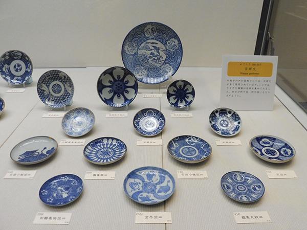 「印判手の皿」より、吉祥文の図柄(12月7日から・大阪歴史博物館)