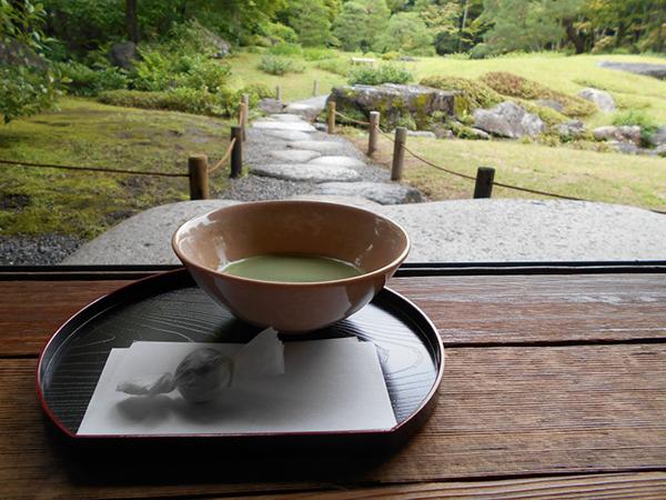 新年三が日は、正月限定の大福茶(400円)も味わえる(1月1〜3日・京都市左京区)