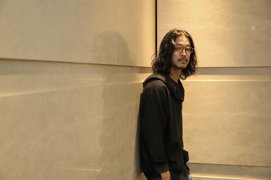 大阪市内でインタビューに応じた大橋トリオ