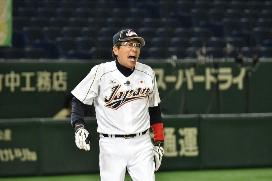 「俺らの相手はドミニカしかいない!」と侍ジャパンを挑発する石橋貴明 © ABC