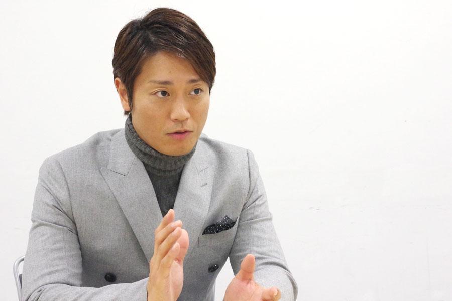 「宅間さんの作品は、完成度が高い」という永井大(22日、大阪市)