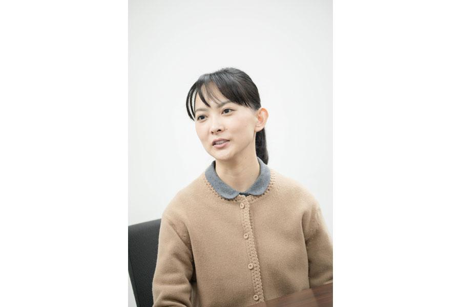 撮影の合間、NHK大阪放送局でインタビューに応じた谷村美月