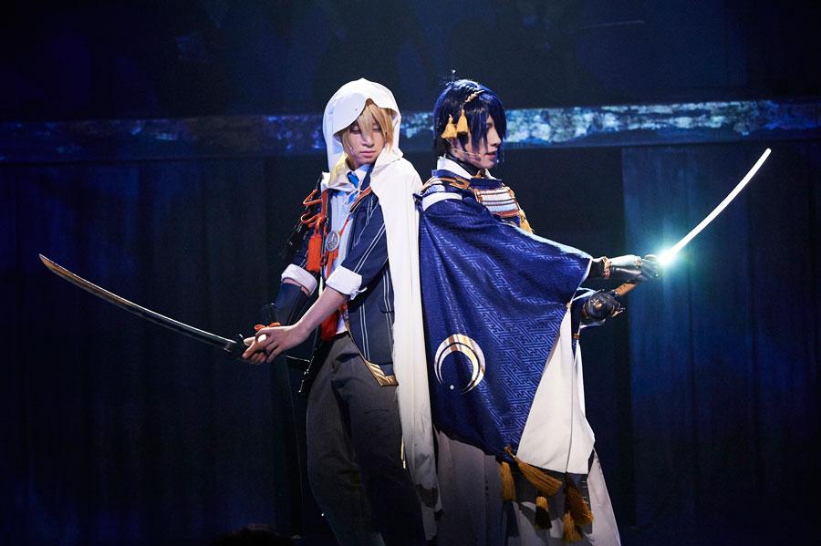 舞台『刀剣乱舞 虚伝 燃ゆる本能寺』より(16日、東京・天王洲 銀河劇場)