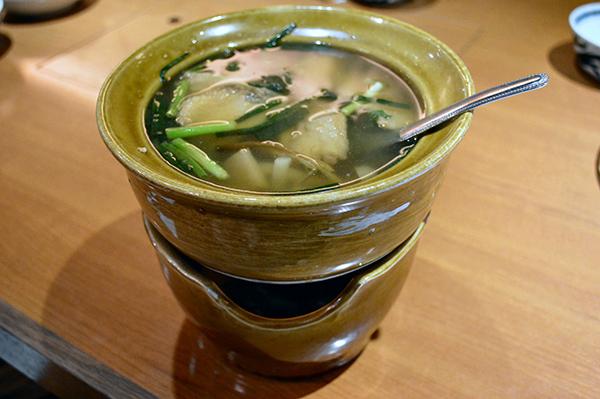 ブリのトムヤムスープ1296円