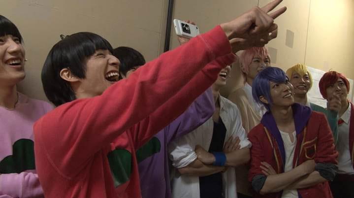 舞台「おそ松さん」DVDより、特典映像のキャプチャー