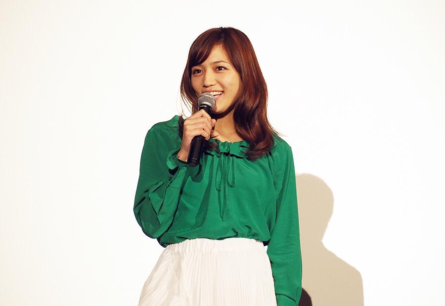 主演映画の舞台挨拶に登場した女優の川口春奈(3日・大阪市内)