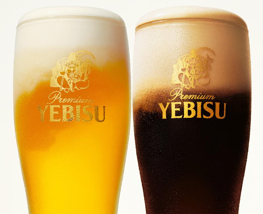 車内ではヱビスビールをはじめ、ワインやチューハイ、ソフトドリンクを選べる。さらにホワイトビール「ヱビス 華みやび」が1本お土産に