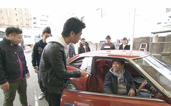 浜田雅功「めっちゃ格好ええ」と後輩の車にキック