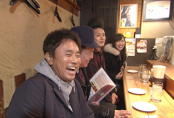 関西のグルメ芸人たちが本気ですすめるたこ焼き店を巡る(毎日放送『ケンゴロー』)